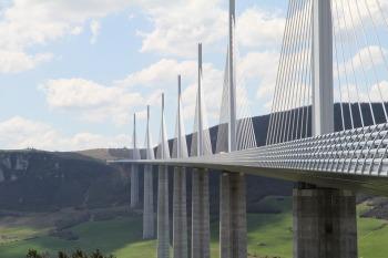 bridge-1834754_960_720
